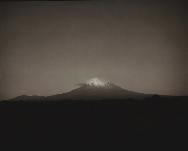 taranaki_afterglow_into_night__by_laurence_aberhar_5551292194.JPG.jpeg