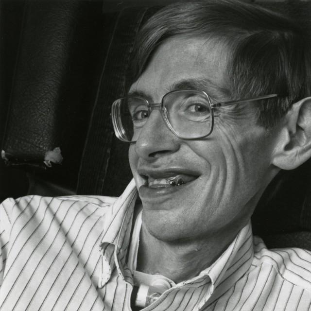 Stephen-William-Hawking_1