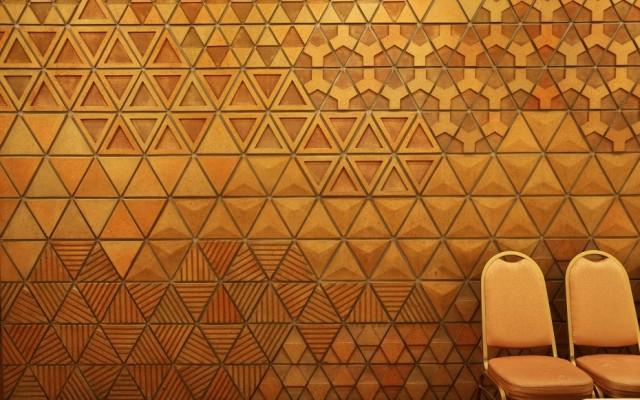 OKURA0515-ballroom-wall-detail